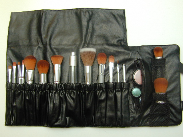 Good Make Up Brush Holder