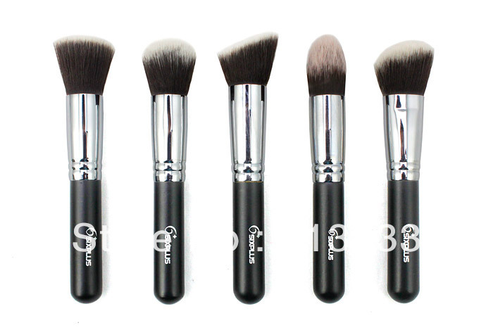 Five Professional Make Up Brushes