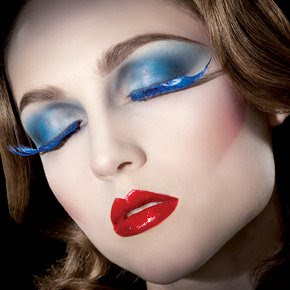 Refined Stage Make Up