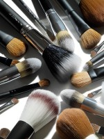 Allure Makeup Tools